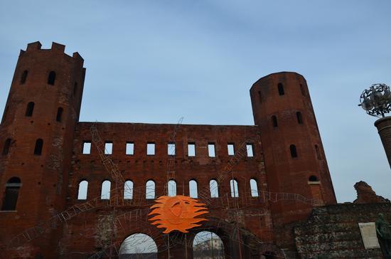Porta Palatina e antiche mura - Torino (751 clic)