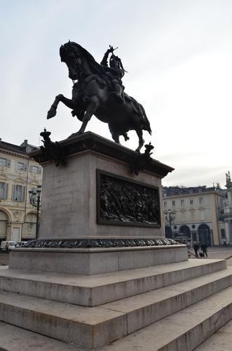 Il Caval ëd Brons - Torino (532 clic)