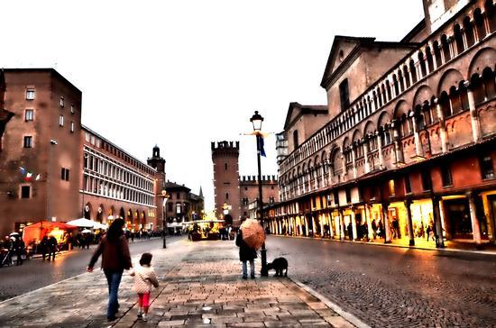 Ferrara, Piazza Treto e Trieste (808 clic)