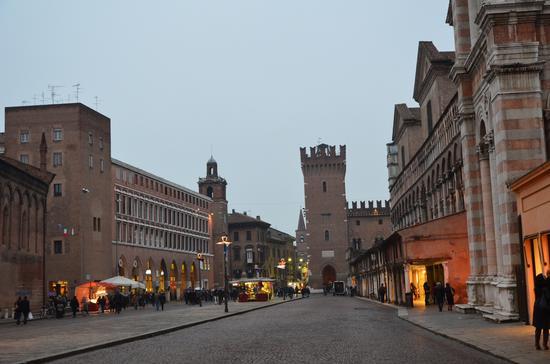 Piazza Trento - Ferrara (656 clic)