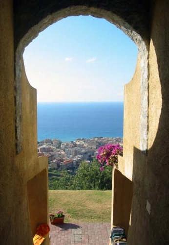 Porta su Tropea (3653 clic)