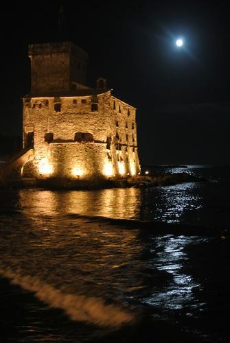 Il Castello di Rapallo di notte (2489 clic)