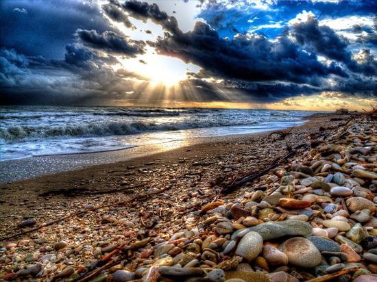 Alba spiaggia porto sant'elpidio (2758 clic)