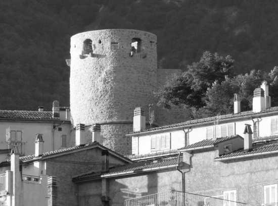 Castello Barrea - BARREA - inserita il 03-Sep-08