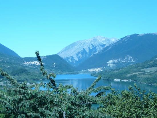 Lago - Barrea (4116 clic)