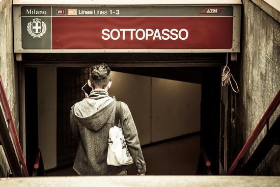 Under... - Milano (742 clic)