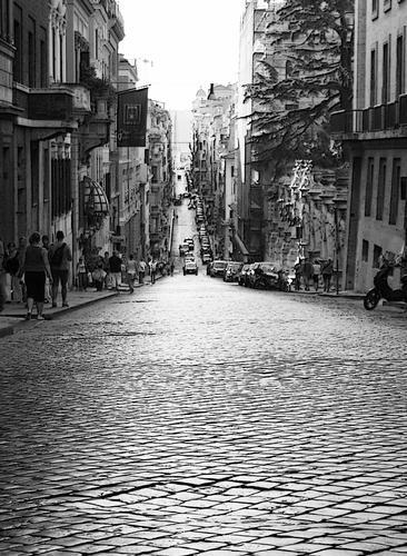 Per le strade di Roma... (1010 clic)