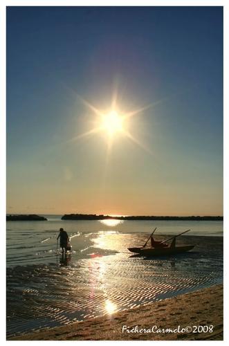 L'alba e la nonnina.... - Bellaria igea marina (1252 clic)
