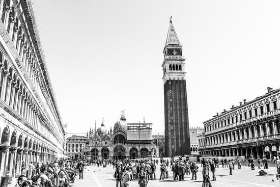 Piazza S.Marco... - Venezia (1125 clic)