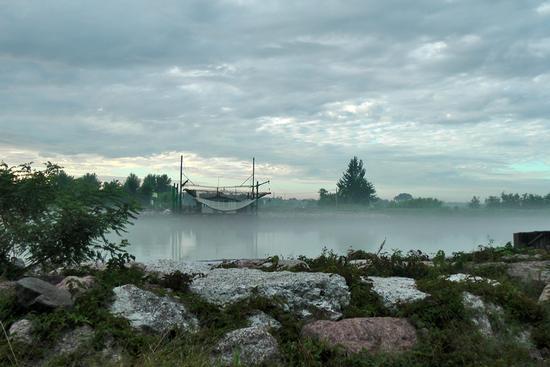 Trabucco all'alba. - Chioggia (1083 clic)