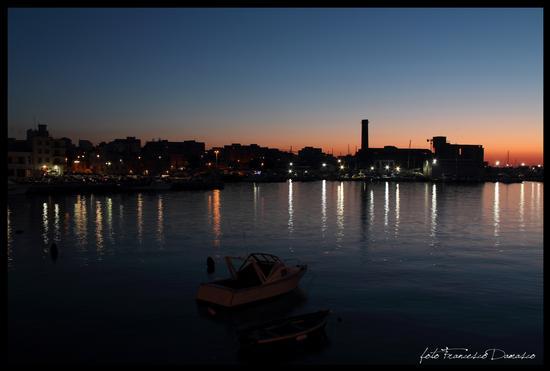 Porto di sera - MONOPOLI - inserita il 17-Jul-13