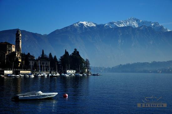 Luce, controluce e nebbia sul lago. 2 - Tremezzo (621 clic)