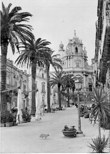 Piazza Duomo - Ragusa (856 clic)