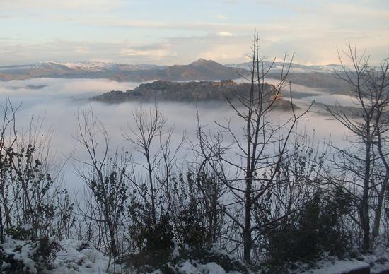 nuvole basse su Calascibetta (1469 clic)