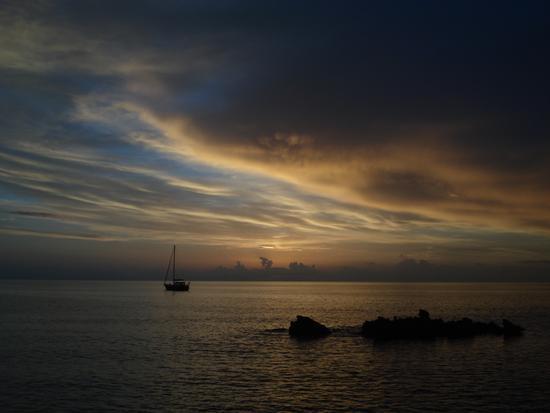 barca al crepuscolo - Castelluzzo (2395 clic)