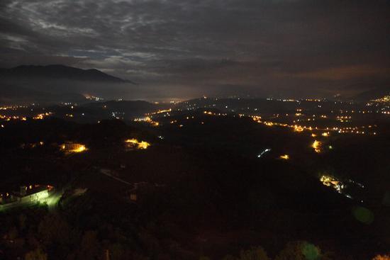 Vista notturna sulla vallata - Picinisco (386 clic)