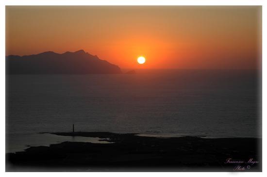 Un tramonto a Marettimo - Favignana (1307 clic)