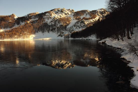 riflessi lago santo - Corniglio (1146 clic)
