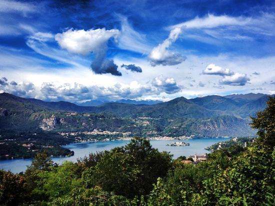 Cielo di Settembre. Lago d'Orta - Ameno (593 clic)