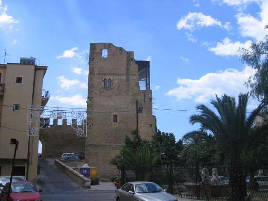 Castello - Butera (6218 clic)