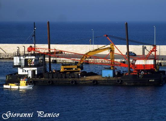 La chiatta Argo _Taranto_ - Otranto (933 clic)