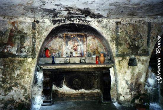 Cripta Madonna della Grotta - Ortelle (801 clic)