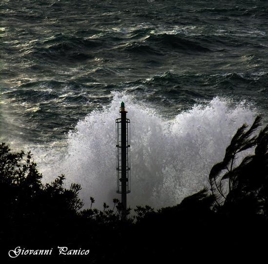 Fanale del Porto di Tricase - Tricase porto (892 clic)