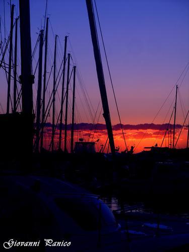 S. M. di Leuca _Tramonto sul porto turistico_ - Santa maria di leuca (835 clic)