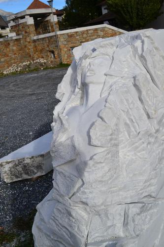scultura - Lasa (1032 clic)