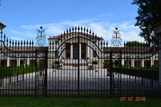 villa emo - Vedelago (325 clic)