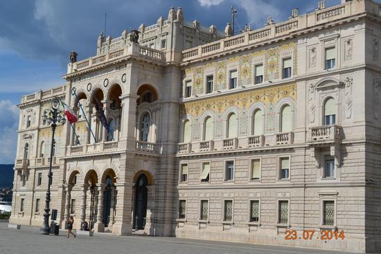 piazza unità d'italia - TRIESTE - inserita il 04-Aug-14