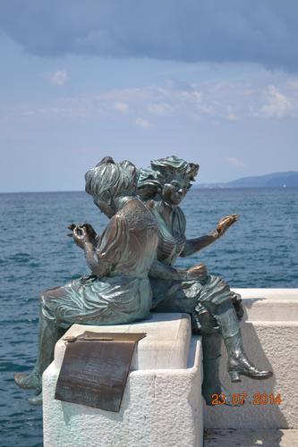 l'attesa - Trieste (751 clic)