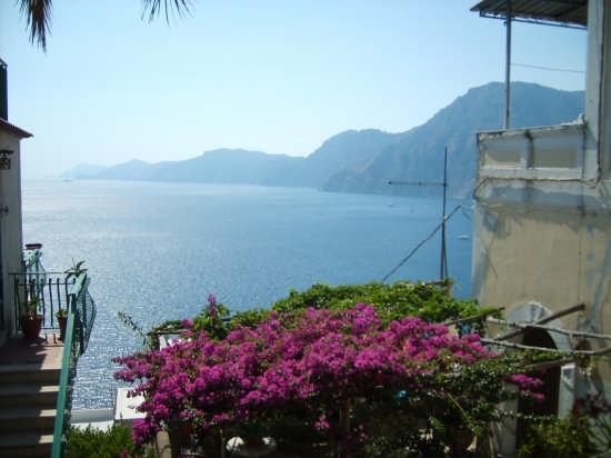a picturesque view! - Praiano (3293 clic)