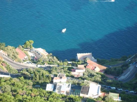 Vista dal terrazzo di Villa Cimbrone - Ravello (4331 clic)