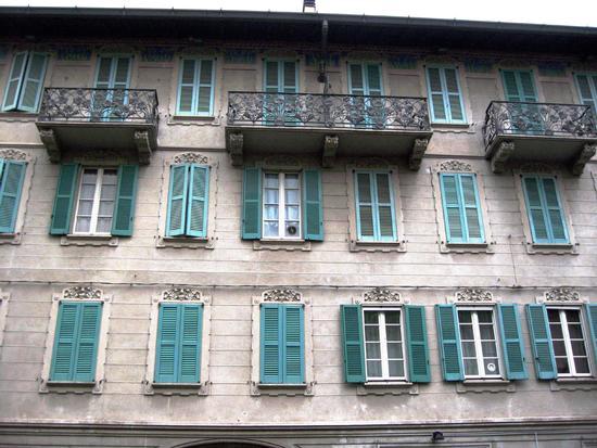 Corso Bernscchi - Tradate (449 clic)
