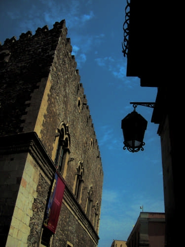 Palazzo - Taormina (2697 clic)