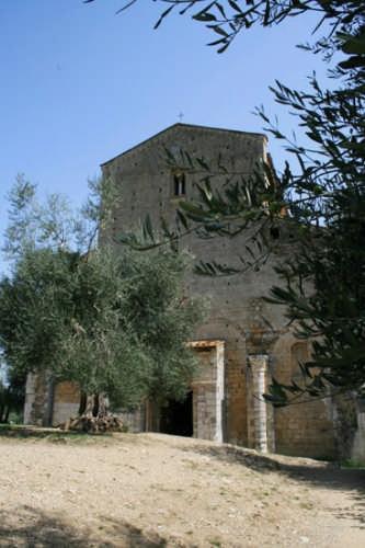Montalcino, Abbazia di Sant'Antimo (2658 clic)