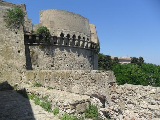 castello Carlo V - Crotone (944 clic)