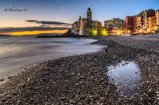 Verso sera in spiaggia - Camogli (3995 clic)