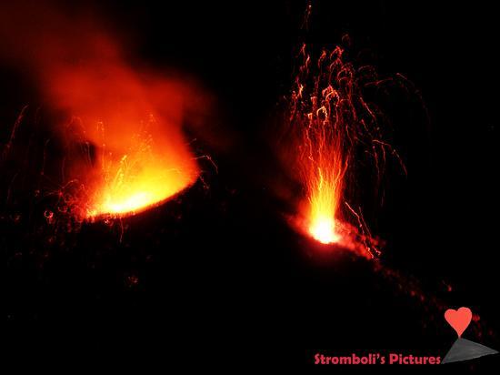 Esplosione Notturna dello Stromboli (1174 clic)