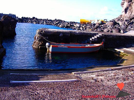 La barca del Rollo. - Ginostra (830 clic)