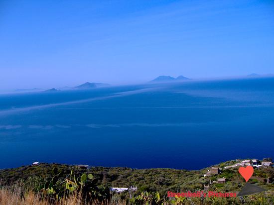 Scorcio panoramico di Ginostra (527 clic)
