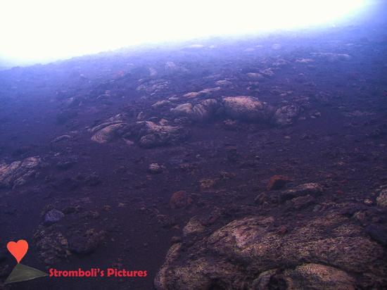 Bombe di lava. - Stromboli (1143 clic)