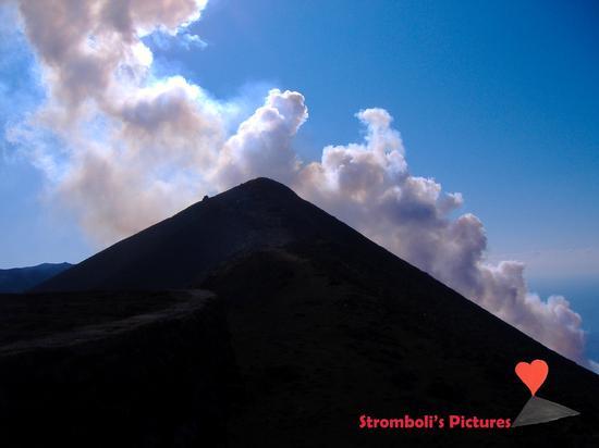 In cima allo Stromboli. (652 clic)