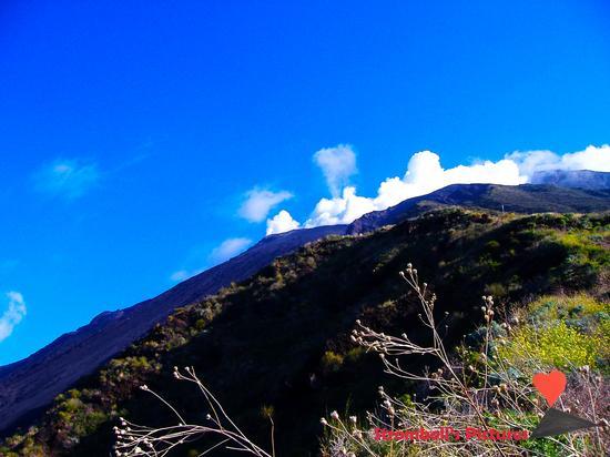 Vsta panoramica sul vulcano Stromboli. - Ginostra (611 clic)