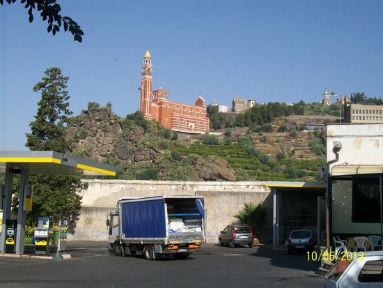 Vista  del  Santuario  Della  Consolazione Paternò  ( ct ) - PATERNÒ - inserita il 25-Mar-14
