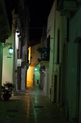 Il silenzio di una sera - Martina franca (552 clic)