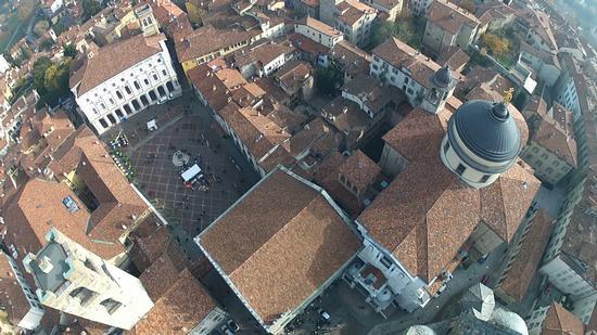 Piazza vecchia città alta  - Bergamo (1201 clic)
