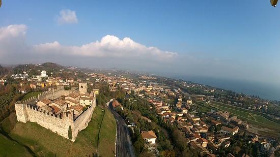 il castello di Padenghe - PADENGHE SUL GARDA - inserita il 15-May-14