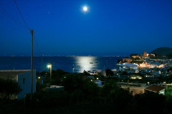 Notte di luna piena - Lipari (1373 clic)